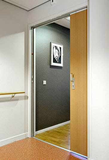 KONE gliding doors can be customized according to various needs.